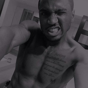 Trey Songz topless selfie Instagram