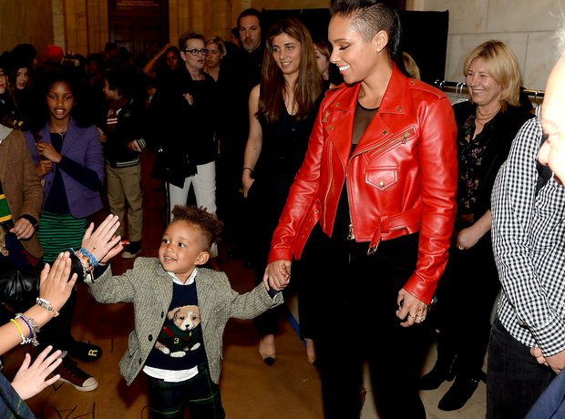 Alicia Keys with her son