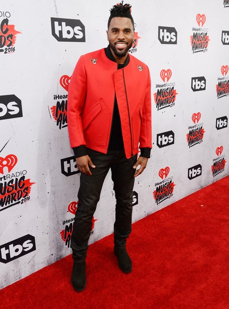 Jason Derulo iHeartRadio 2016 Red Carpet