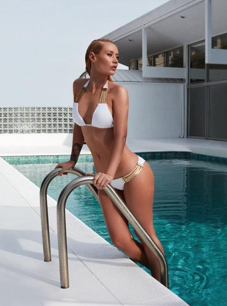 Iggy Azalea coming out of swimming pool