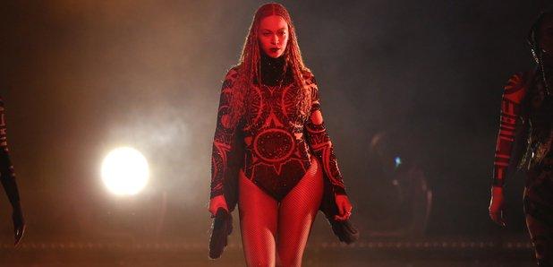 Beyonce performs BET Awards 2016